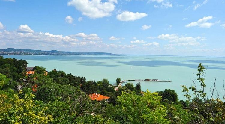 Balaton: Észak vagy dél?