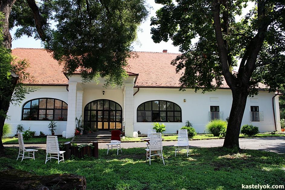 Balaton régi ingatlanjai