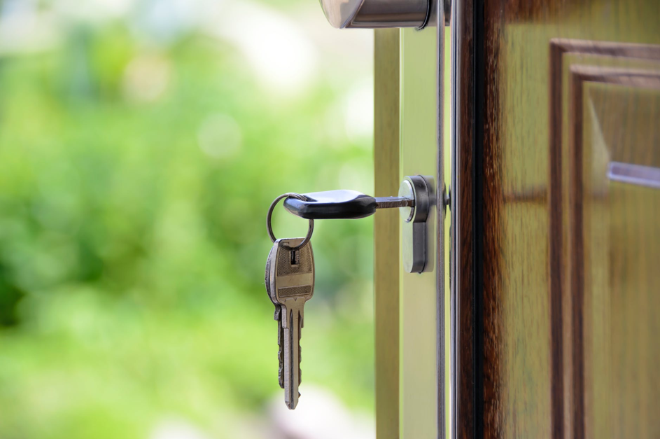 Milyen költségekkel kell számolnunk ingatlan adás-vétel során?